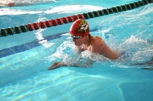 как правильно плавать стилем брас