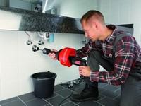 Как прочистить канализационную трубу