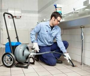 с помощью чего прочистить трубы канализации